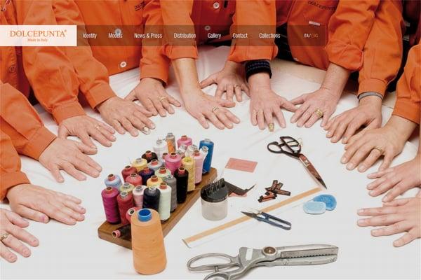 100 Smashing Websites with Photography Backgrounds