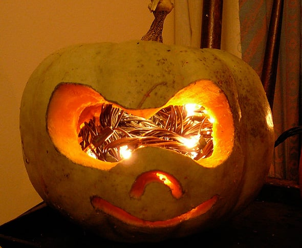 How to Carve a Halloween Pumpkin: Simple Ways and Stunning ...