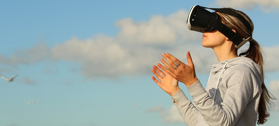 social media optimization vr image